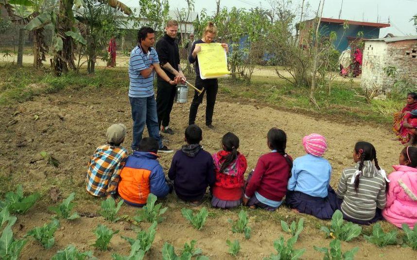 Elever i Nepal 4