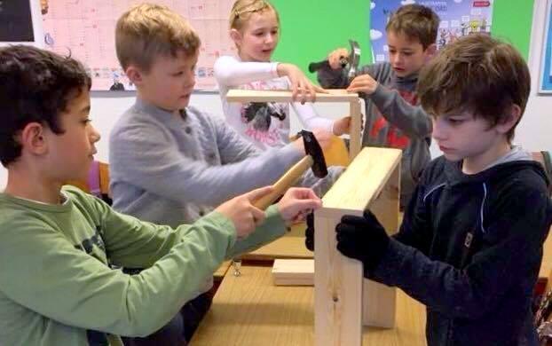 Børn bygger inskethotel 2